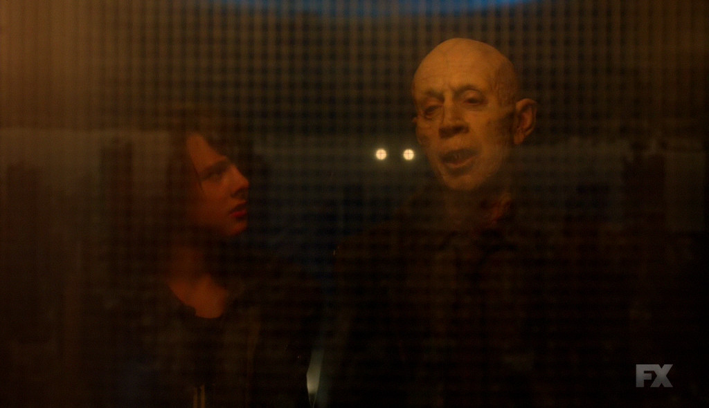 the strain 4x03 zach e il maestro